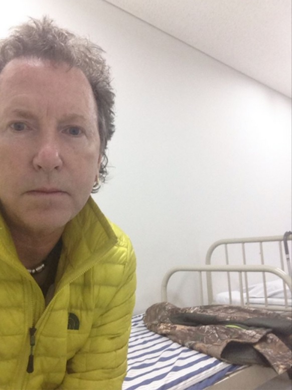 Martyn Stewart Dolphin and Wildlife Photographer Locked in A Cell at Osaka Airport